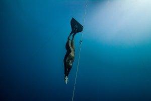 Natalia Molchanova begins a deep dive.